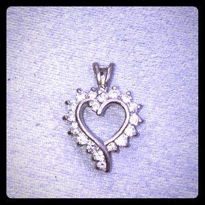 Vtg sterling 925/cz heart pendant.